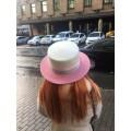 Двухцветные велюровые шляпы