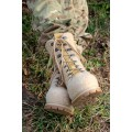 Высокие ботинки из войлока